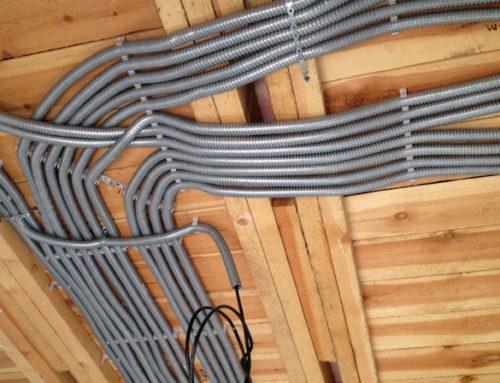 Электропроводка в доме из бруса
