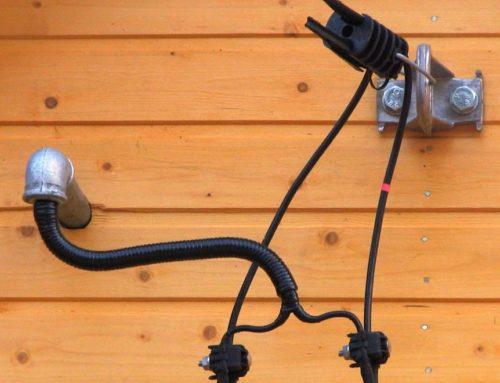 Как подключить электричество к дому?